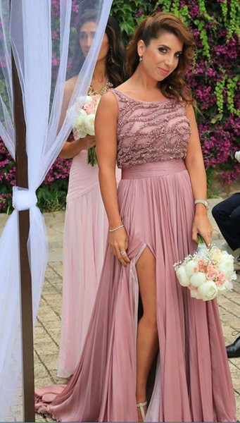 2019 Dusty Rose Crystal Country Bridesmaid Dresses Jewel Neck Chiffon High Split Beaded Sequins Pleated Long Cheap Prom Formal Party Dress