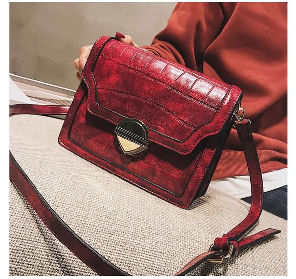 2018 Tasarımcı Deri Kare çanta Omuz Yapıt Çapraz vücut Çanta Bolsas Femininas Yiwen wanggong / 11