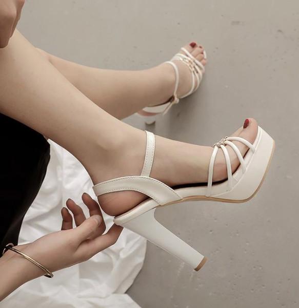 Artı boyutu 32 33-40 41 42 43 beyaz kalın topuk sandalet lüks kadın tasarımcı sandalet Kutusu ile gel gelinlik ayakkabıları
