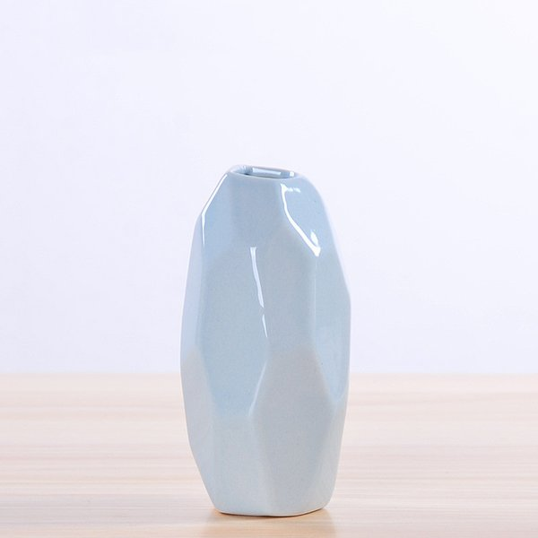 2018 New Chinese Jingdezhen Porcelain Creativity Simple And Modern Style White Vases Ceramic Vases for Wedding Home Decoration 1