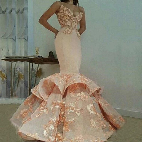 Stunning Mermaid Prom Dresses Hot Sale Sexy V Neck Backless Flower Ruffles Lace Appliques Sweep Train Satin Elegant Evening Formal Dresses