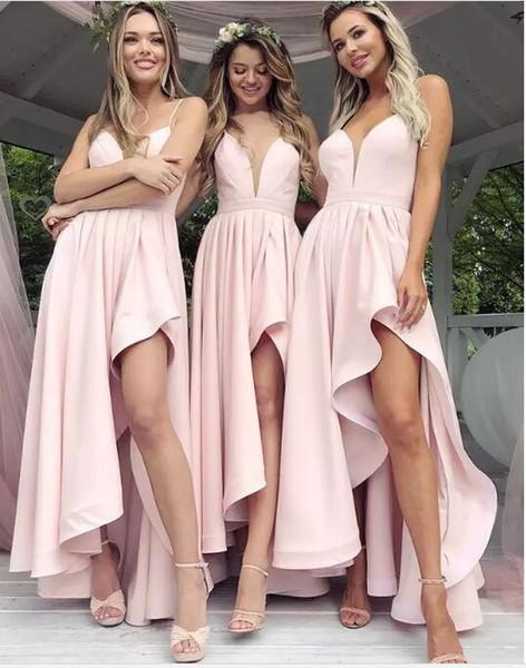 Compre Modernos Vestidos De Damas De Honor Cortos De Longitud Asimétrica Rosa 2019 Para Bodas Occidentales Una Línea Correas Espaguetis Volantes