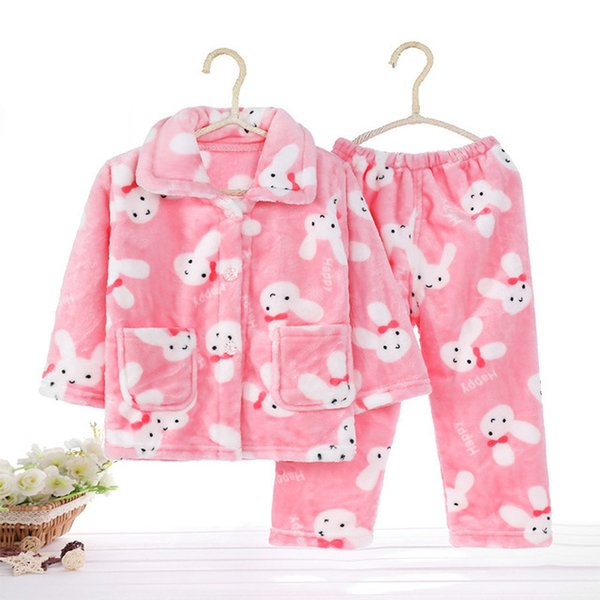Розовый кролик и лук