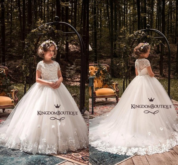 2019 Short Sleeve Puffy Flower Girls Dresses for Wedding Lace Appliques Ball Gown Kids Formal Gown Birthday Party Gown BC1001