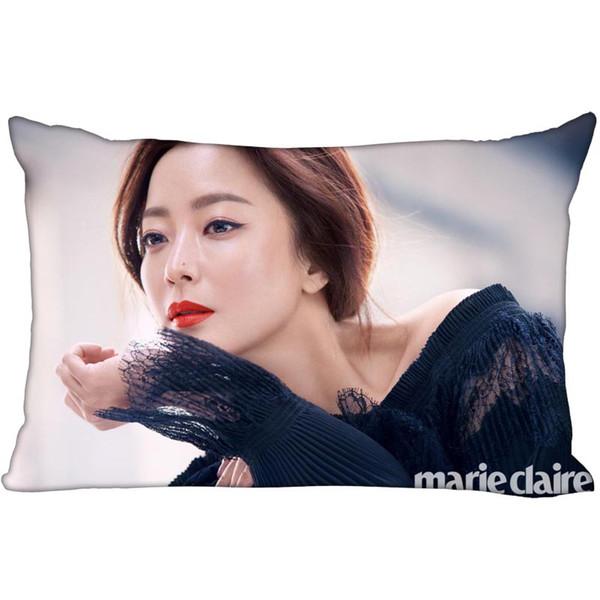 Hot Coréia-Pop Personalizado Kim Hee Seon Cetim Fronha 35x45 cm (um lado) Impresso Zipper Travesseiro De SedaCover Logotipo Personalizado presente Fronha