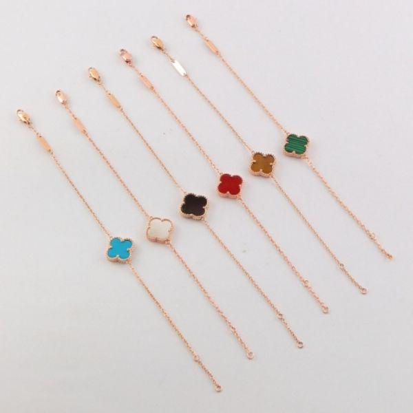 Womens Fashion Charm Bracelets Designer Four-leaf Clover Bracelet 2019 New Luxury Gold Silver Bracelet For Womens
