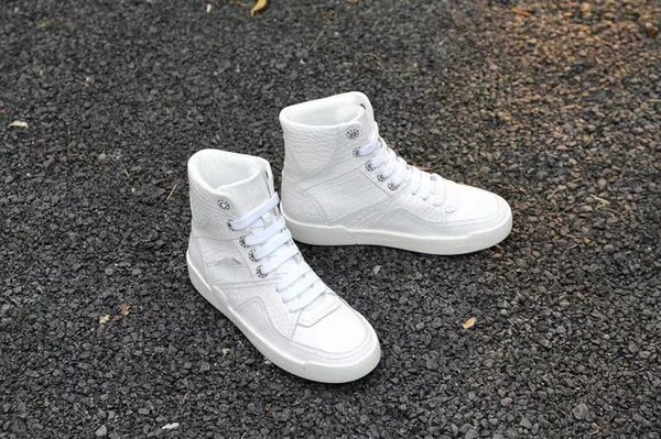 2019 autumn and winter new crocodile embossed leather high-top shoes with leather pearl round head flat wild casual shoes