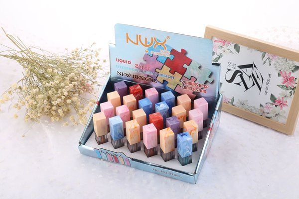 European and American brands sequin eye shadow lip gloss two in one multi-functional party bar make-up warm water easy to unload.
