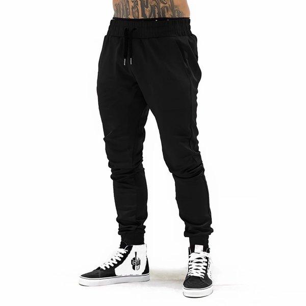 calças pretas