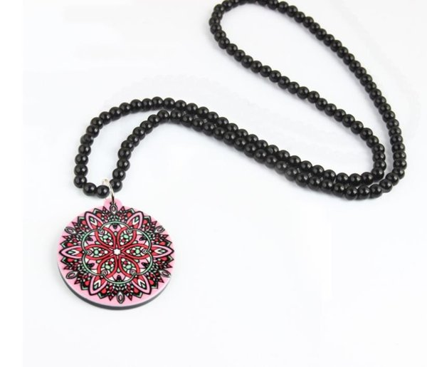 New geometric exaggerated beaded necklace