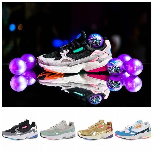 Acheter Adidas Livraison Gratuite 2018 Falcon W Femmes Chaussures De Course Pour Haute Qualité Femmes Chaussures Luxe Designer Baskets Originaux