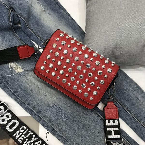 Fashion Trendy Rivet Designer Luxury Borse Borsa a tracolla in pelle PU Borsa a fibbia magnetica con cinturino regolabile