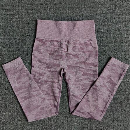 1875 pantalones púrpura
