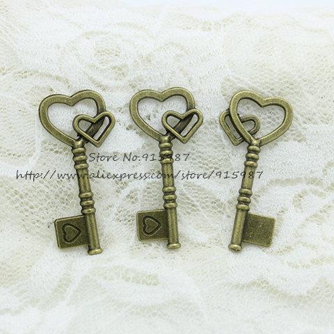 Doce Sino Frete grátis 200 pcs Antique Bronze Alloy 19 * 42mm Adorável Coração Chaves Encantos Descobertas Jóias Pingentes Fazendo 2B146