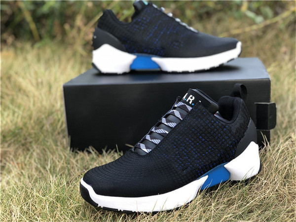2019 Nova Versão HYPER Authentic ADAPTAR 1,0 EARL 2017 Mens Running Shoes Preto Branco Azul Lagoa 843871-001 com caixa original