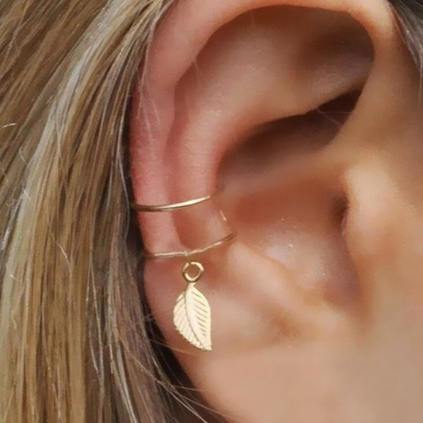 8eb3a2d0d Fashion No Pierced Ear Clip Cuff Wrap Earrings Leaf Feather Pendant  Non-piercing Clip Earrings for Women Party Statement Jewelry