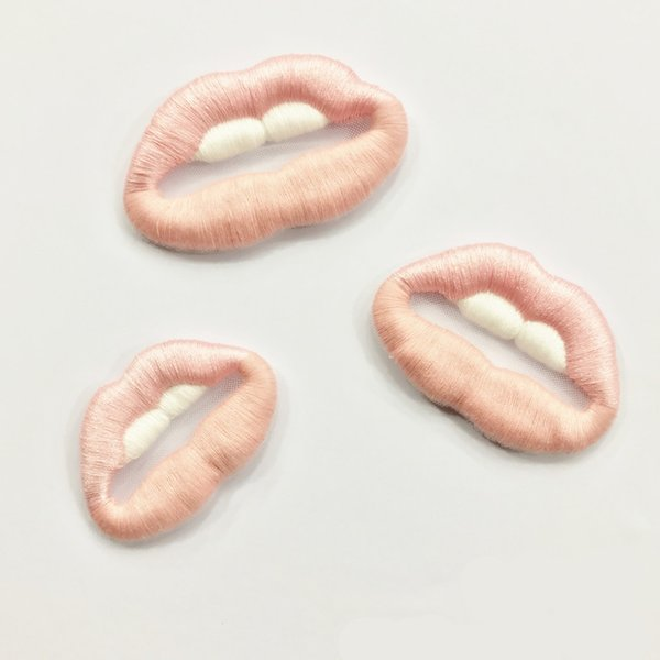 best selling Embroidered Delicate Cloth Patches Classical Lips Design Sewing on Appliques