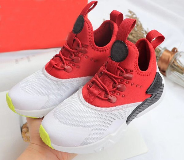 best website b04f5 bb1a4 2018 Black Red Air Huaraches Kids Running Shoes For Boys Girls White Blue  Sneakers Huarache Children'S Trainers Sport Shoes Size 11C 3Y Kids Tennis  ...