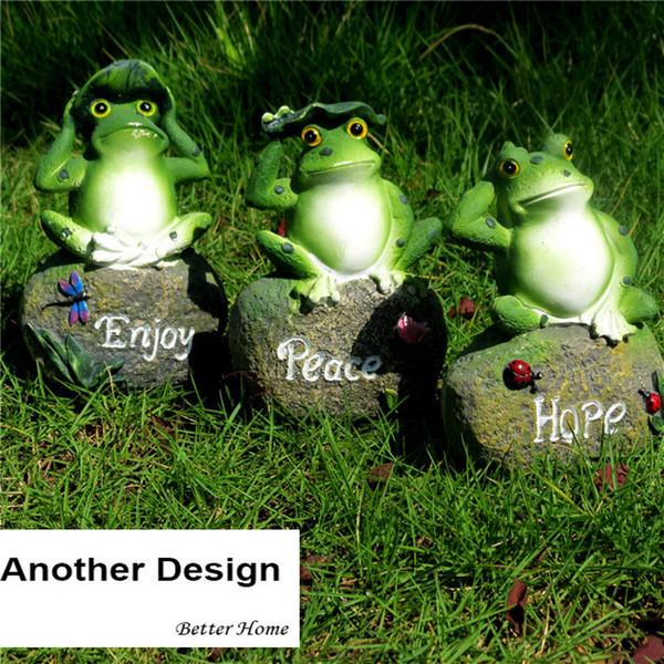 3 pçs / pacote Jardim Resina Decorativa Rã Sentado Na Pedra Decoração de Natal Em Miniatura Jardim Animal Estátua Do Jardim Ao Ar Livre Figura