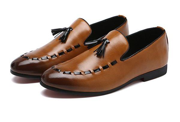 Erkekler için Erkekler Elbise Ayakkabı tasarımcısı PU Deri Casual Sürüş Oxfords Flats Ayakkabı Erkek Loafers Makosenler Ayakkabı