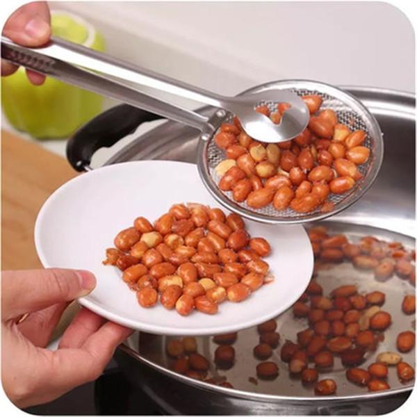 Un filtre à tamis multifonctionnel en acier inoxydable filtre une pince à friture créative avec une cuillère filtrante