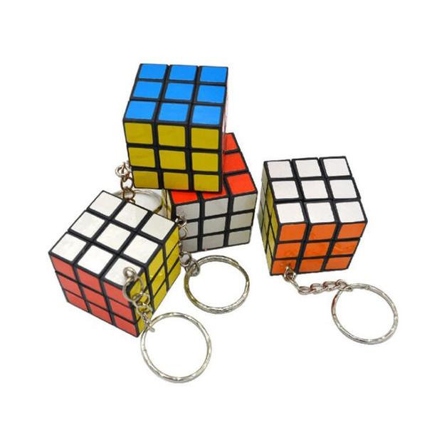3x3x3 cm Mini Magic Cube Enigma Keychain Magic Game magia chave quadrada anel jogo de aprendizagem educação cubo chave anéis
