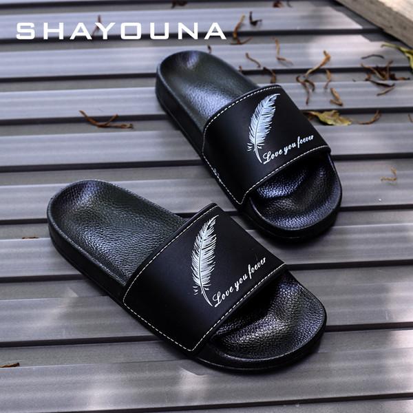 Designer Rubber summer flip flops slippers slide sandals White Black color for mens womens shoes Beach indoor slipper Scuffs