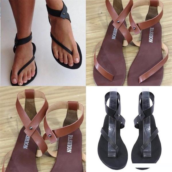 Toe Pelle di serraggio sandali per le donne Summer Beach Mare Big Codice Flattie Marrone Nero Popolare Outdoor Scarpe a suola piatta 28sl D1
