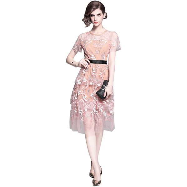 The new cherry blossom powder heavy industry sequined mesh embroidery patchwork short-sleeved round-neck cake dress