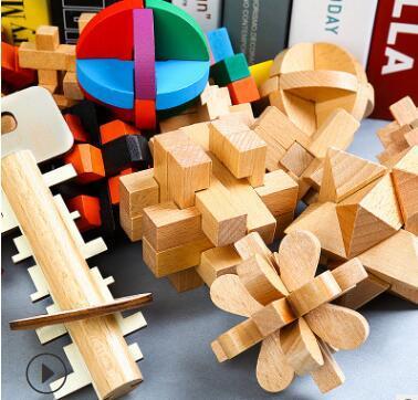 Kongming Suoluban Lock Wooden Classical Smontaggio e assemblaggio Puzzle per adulti Giocattoli Regalo di sblocco intellettuale per bambini