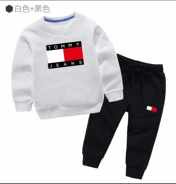 Klasik Lüks Logo Tasarımcısı Bebek t-shirt Pantolon ceket jacekt hoodle kazak olde Suit Çocuk moda çocuk 2 adet Pamuk Giyim Setleri GA217
