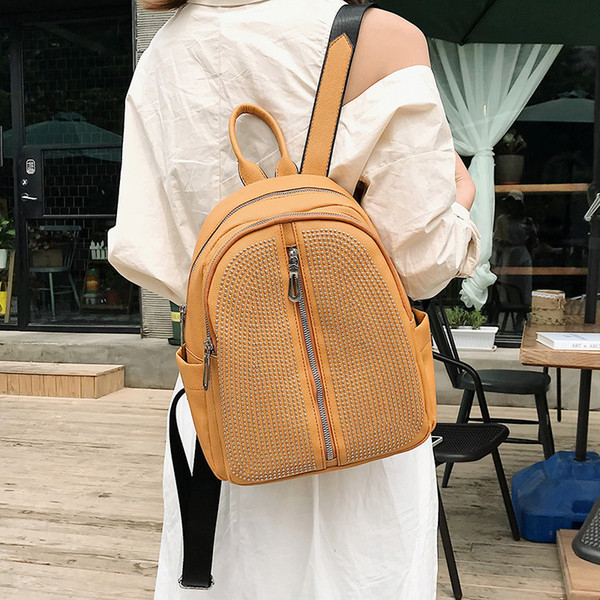 Charismatic2019 Both Ins Shoulders Woman New Pattern Korean All-match Tide Fashion School Wind A Rivet Bag Cross Border 1