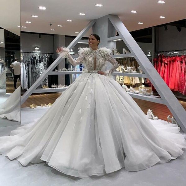 Evening dress Long dress Long sleeve Crystal Feather Chiffon Jewel White Ball gown Classic Customizable in any size Modern 968