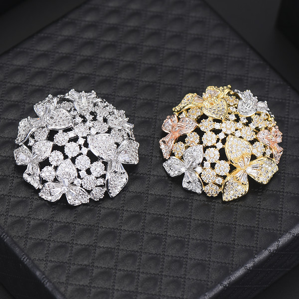 wholesale Shiny Round Shape Brooches for Women Large Flower Brooch Pin Vintage Fashion Jewelry Winter Accessories Factory Price