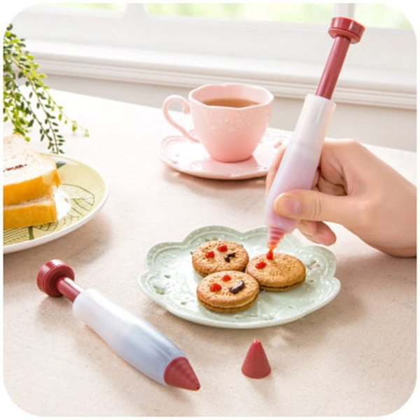 Pen Cream Chocolate Fruit Jam Cake Decorating Design Dough Scraper Kitchen Butter Smooth Cake Spatula Baking Pastry Tools Pastry Pen Cream
