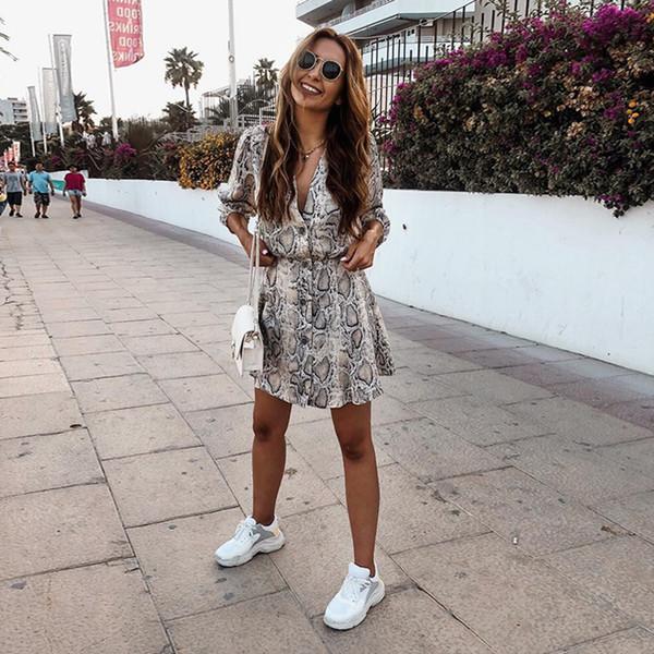 Kadın Sonbahar Elbise Seksi V Yaka Düğme Yılan Baskı Parti Elbiseler Vintage Yarım Kollu Mini Elbise Yılan Derisi Elbise Vestidos Q190328