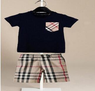 esplosione di estate dei nuovi vestiti dei bambini delle neonate T-shirt + bicchierini dei capretti dei pantaloni dei capretti 2 colore