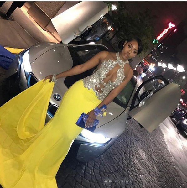 2019 Cut Out Night Prom Dresses Chiffon Halter Open Front Beaded Sequin Yellow African Formal Dress Sexy Evening Gown