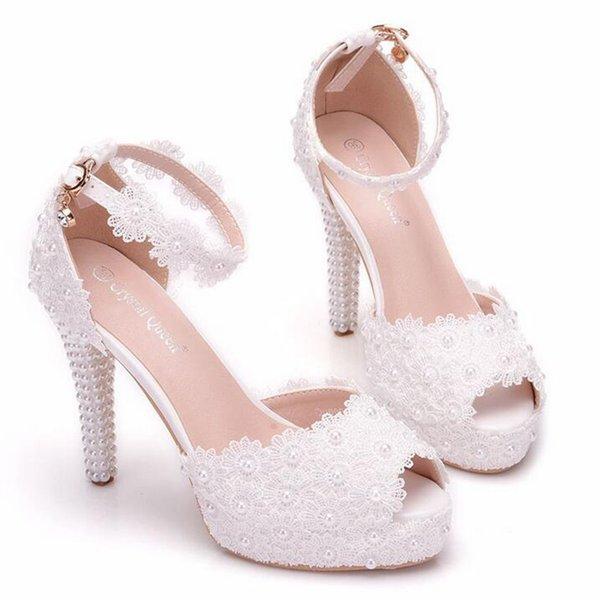 Weiße Spitze-Blume ein Wort-Band-Plattform-Hochzeits-Absatz-Perlen-Braut-Kleid beschuht elegante süße Damen-Sandelholze en gros