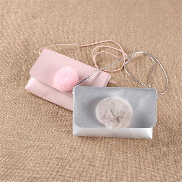 Belle Bébé Porte-Monnaie Bonne Qualité Argent Sacs PU Hairball Solide Mode Simple Cadeaux pour Bébés Cadeau D'anniversaire pour Petites Filles