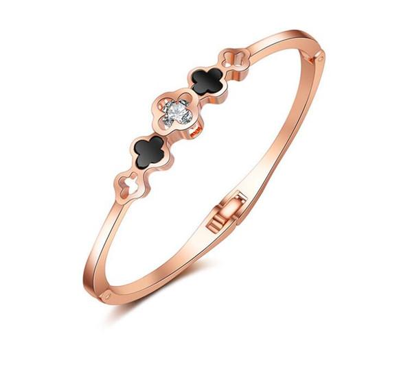 Classic Design Love Four-leaf Clover Bangle &Bracelet Enamel Inlaid Rhinestone Cuff Bangle Jewelry Bijoux Women Fashion Accessories Gift