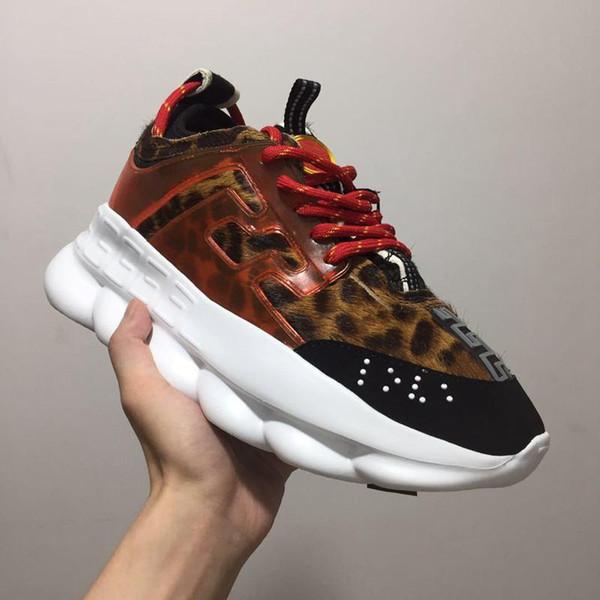 Love Sneaker Donna Uomo Red Black Ght Catena con catena collegata Designer Sport Moda Scarpe casual Scatola di sacchetti per la polvere