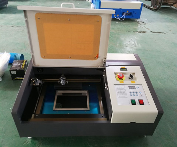 best selling 50W CO2 Laser Engraving Machine With USB Port New Style