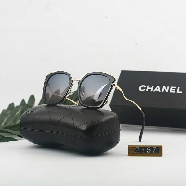 Luxury Sunglasses Designer Sunglasses Hot Fashion Style Sunglass for Womens Brand Summer Glass UV400 with Box and Logo