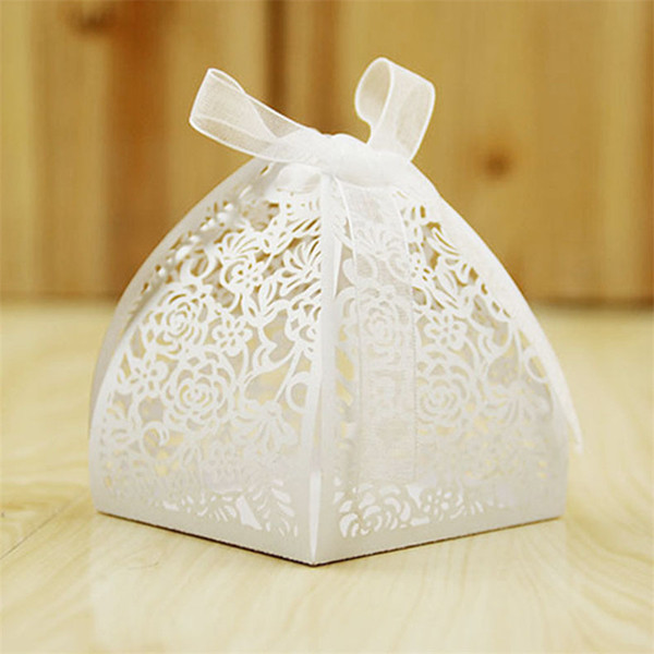 100pcs Laser Cut Hollow Rose Flower Wedding Favors Gifts Boxes Candy Boxes With Ribbon Baby Shower Birthday Party Wedding Supplies