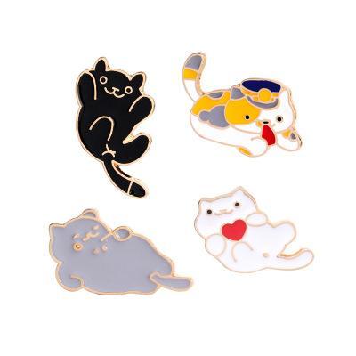 Broche accesorios para insignias Accesorios para gatos lindos de dibujos animados puños de collar de joyería Cuatro tipos de decoraciones de gatitos Broche pequeño para hombres y mujeres