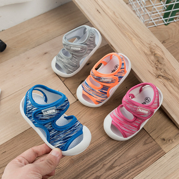 I bambini di estate sandali del bambino prime passeggiate morbide scarpe con suole bambino calza in tessuto Stretch sandali 0-3 anni Boy dei bambini del bambino della ragazza