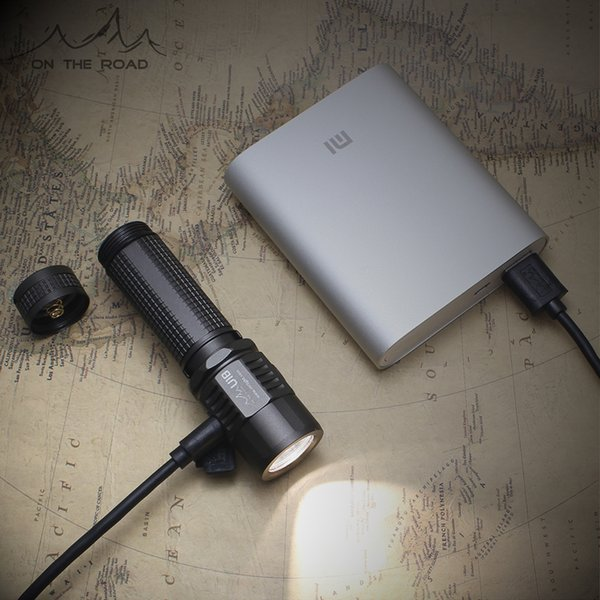 SUR LA ROUTE Paquet unique U3-1A USB chargeant une mini lampe de poche rechargeable