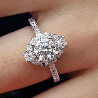 Pay4U 925 Sterling Silber Best Selling Luxus-Verlobungsring für Frauen Hochzeitstag Geschenk Marke Großhandel Schmuck
