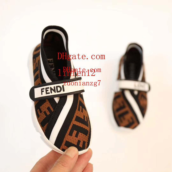 2019 New Baby Boys girl package toe Sandals toddler Soft Leather lattice pattern Sandal Shoes Beach hole Travel kids sneakers bur-b4